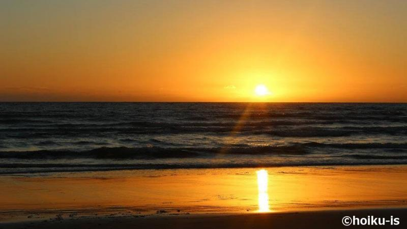 ブラジルの海岸線に沈む夕日